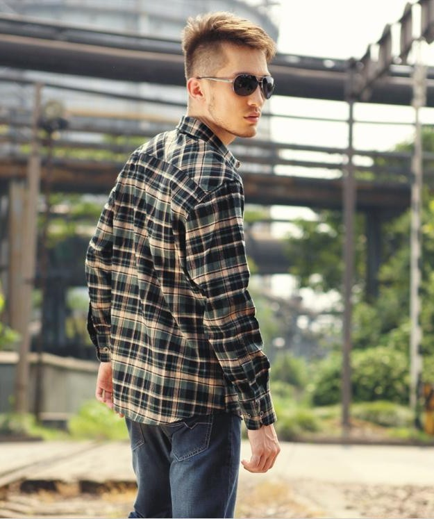 How To Wear A Flannel Shirt For Men – Gia Khang